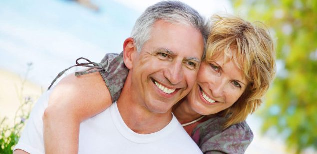 Wills & Trusts happy-couple Estate planning Direct Wills Wallingford